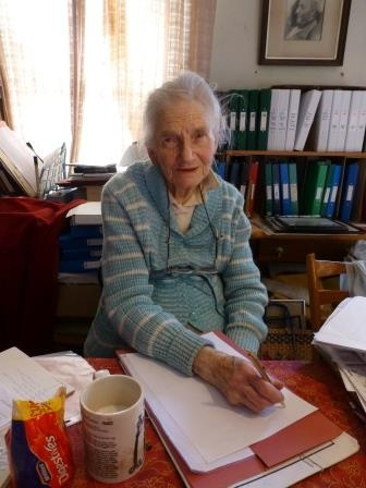 Founder of Fairlynch Museum Joy Gawne celebrates 100th Birthday and room renamed in her honour