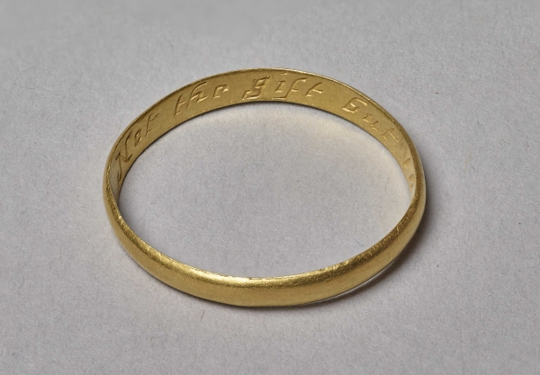 Gold posy ring from Modbury added to City's treasure collections